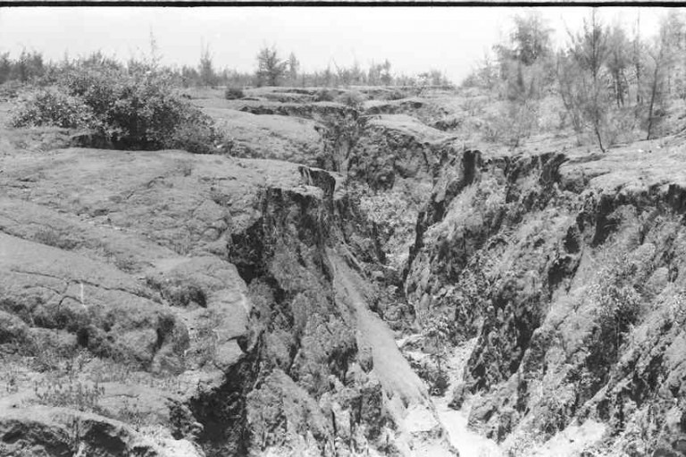 Gully at least 6 m deep, 1978