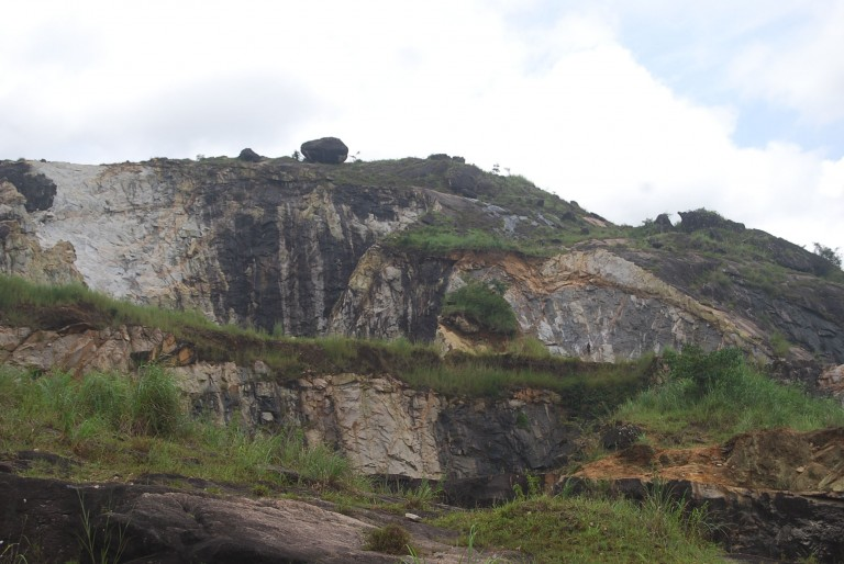 L shaped two tier quarry