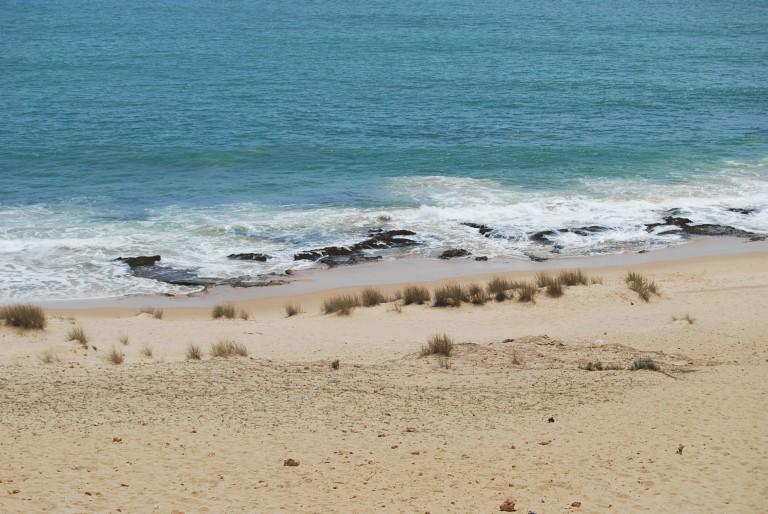 Beach rock, Manapad