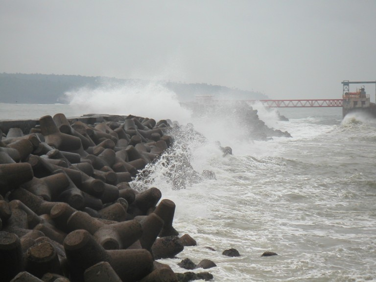 The Wave energy project installation on the right midground, Vizhinjam