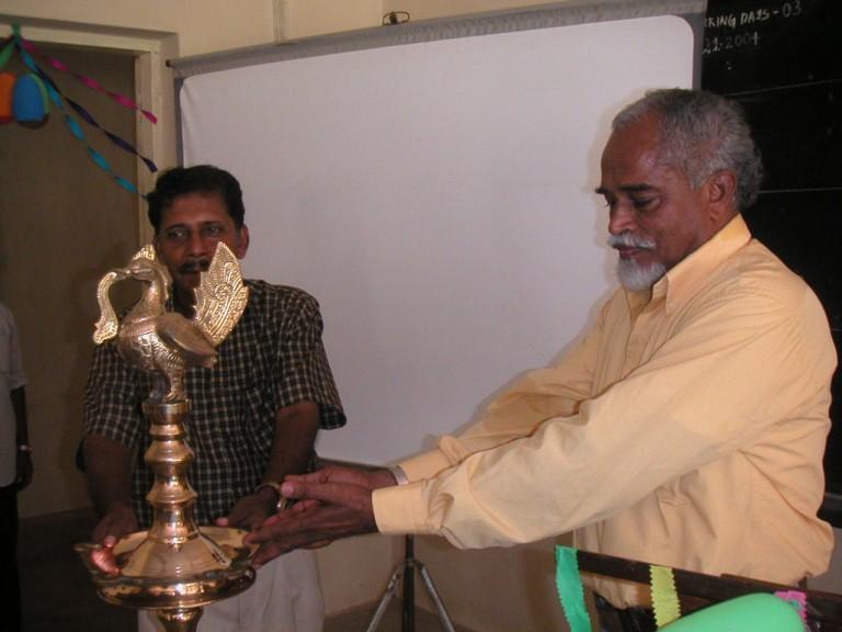 Thrivikramji probably enjoyed the robustly visible gift.
