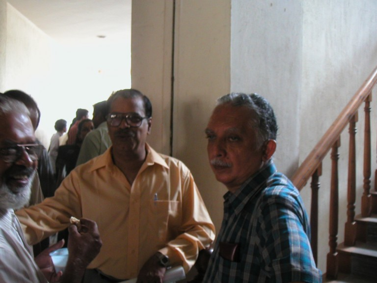 Dr R Gopi, GD Nair & Dr Narayana Nair at tea break